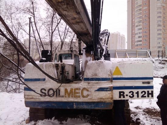 Буровая установка Soilmec R312H - вид сзади